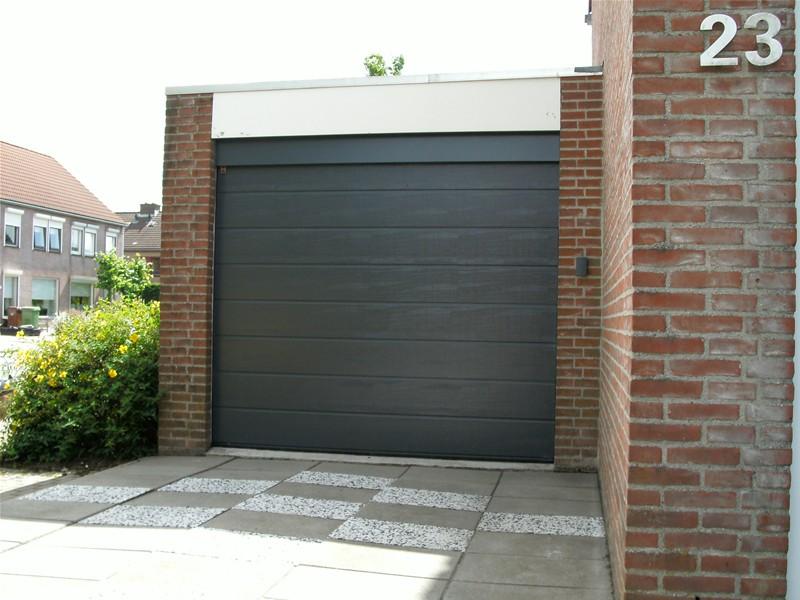 Tijman Kozijnen - garagesectionaaldeur
